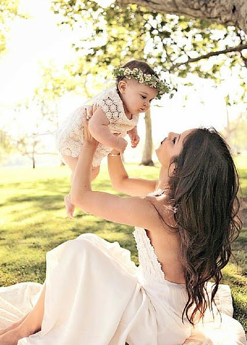 mom and baby photo shoot ideas