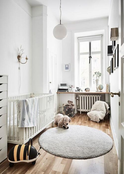 round rug in nursery