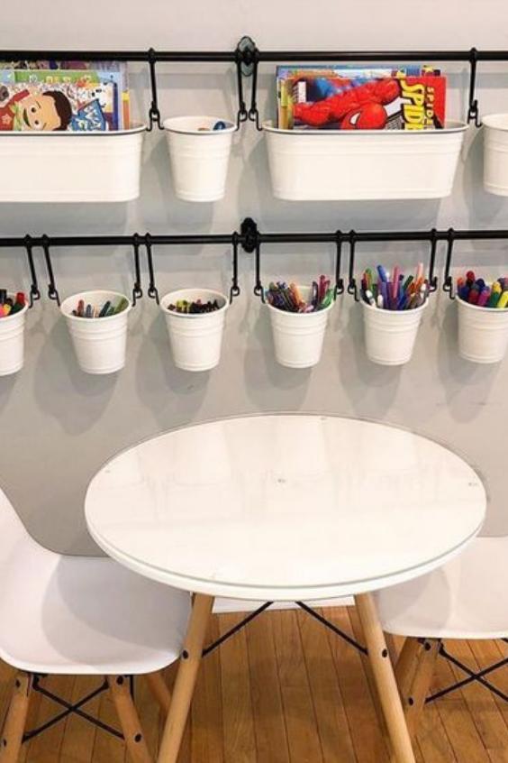 kids art supplies organization